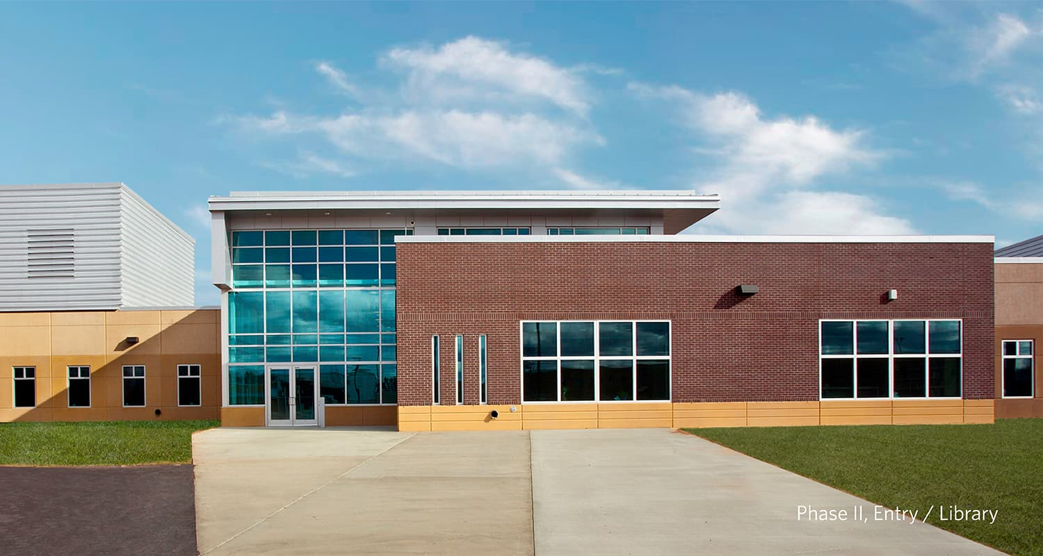 Exterior entry to the MSOP-Moose Lake library facility.