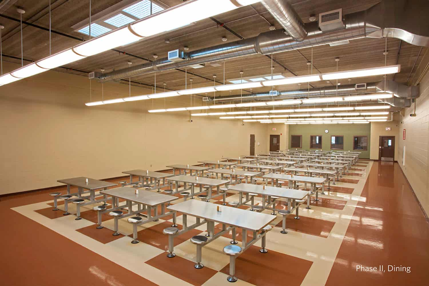The MSOP- Moose Lake cafeteria features non-institutional feeling finishes.