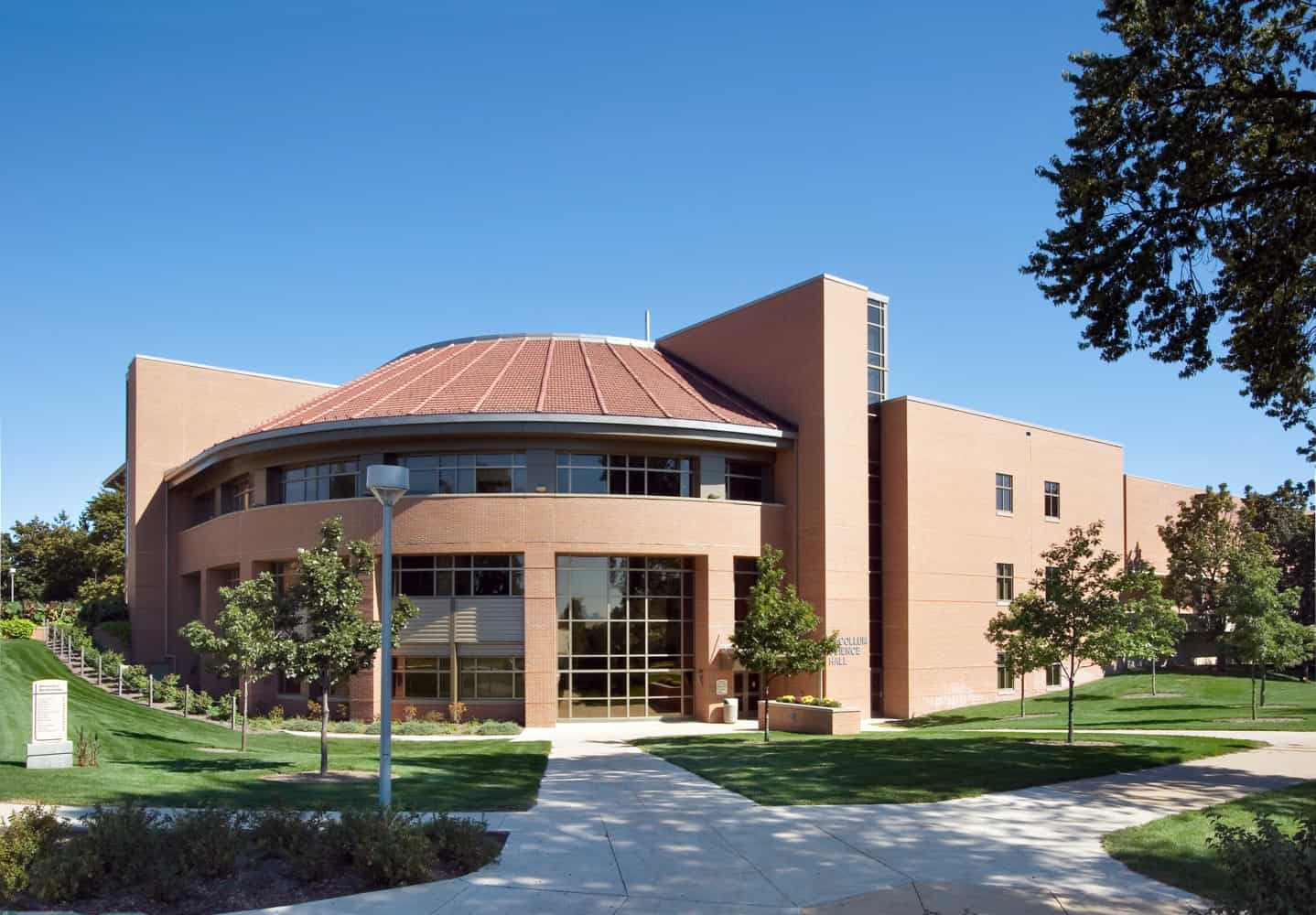UNIVERSITY OF NORTHERN IOWA MCCOLLUM SCIENCE HALL ADDITION