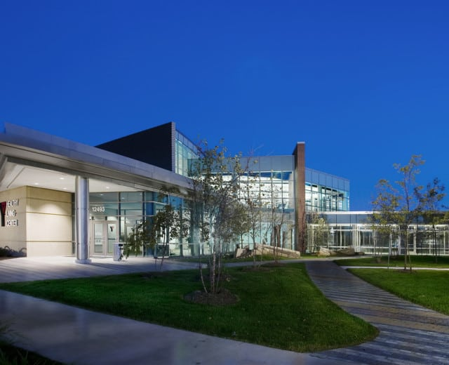 YMCA OF GREATER DES MOINES HEALTHY LIVING CENTER WEST LAKES WELLNESS CAMPUS