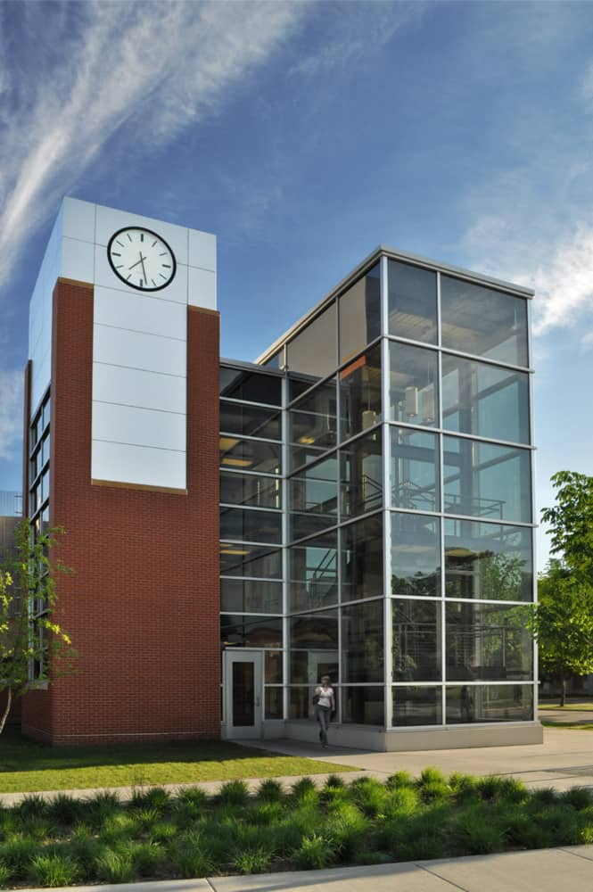ST. CLOUD STATE UNIVERSITY PARKING RAMP AND PUBLIC SAFETY BUILDING