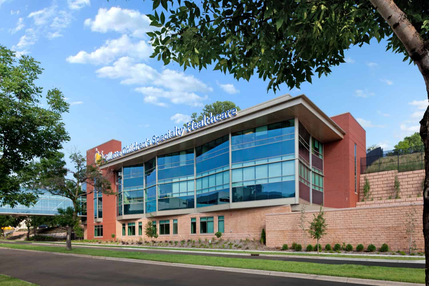 GILLETTE CHILDREN'S SPECIALTY HEALTHCARE CAMPUS EXPANSION & RENOVATION