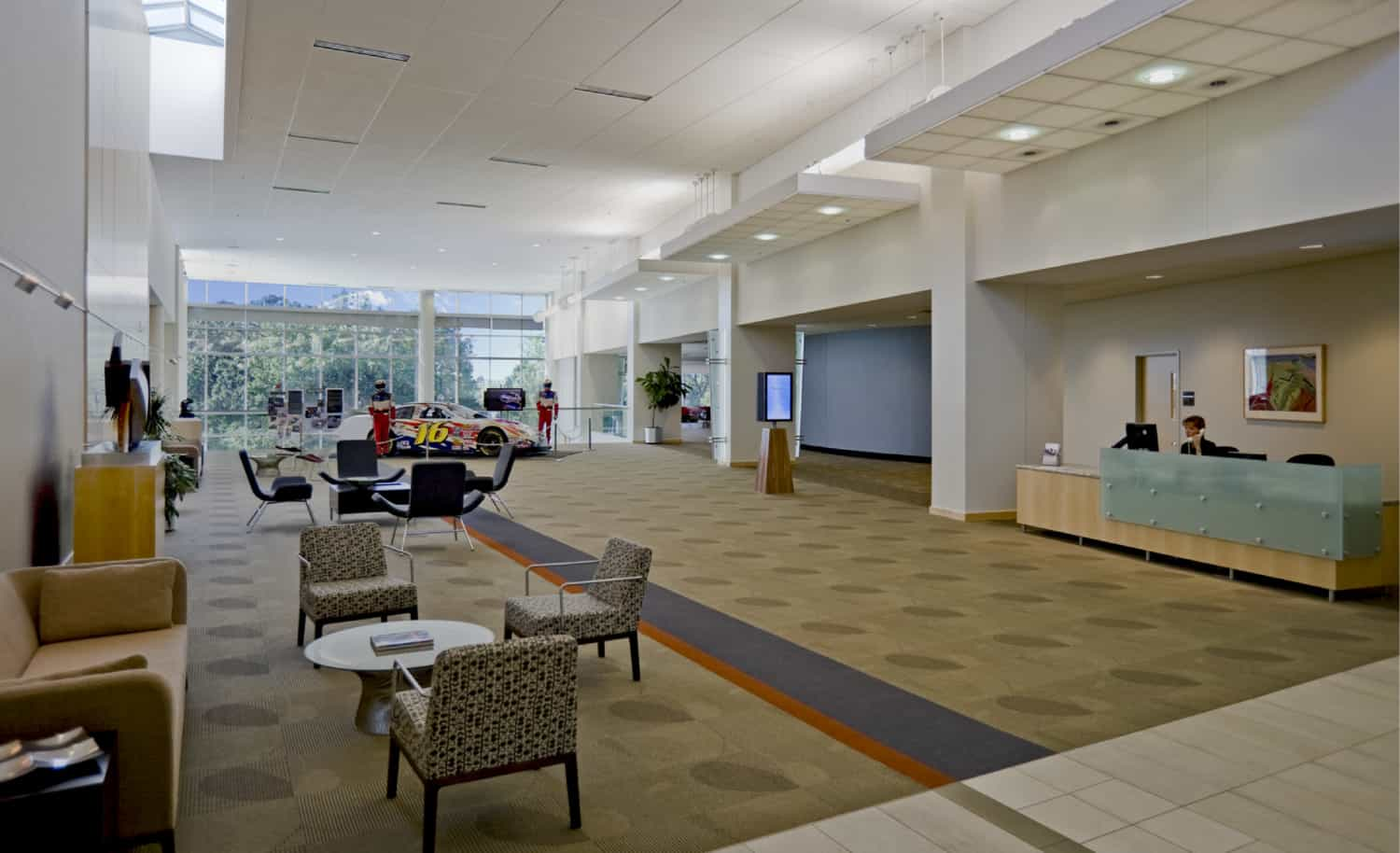 FORTUNE 500 CORPORATION INNOVATION CENTER