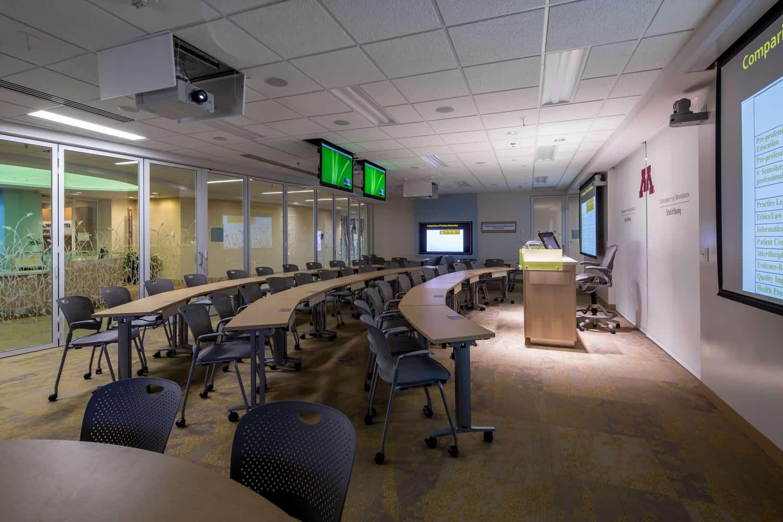 UNIVERSITY OF MINNESOTA SCHOOL OF NURSING BENTSON HEALTHY COMMUNITIES INNOVATION CENTER