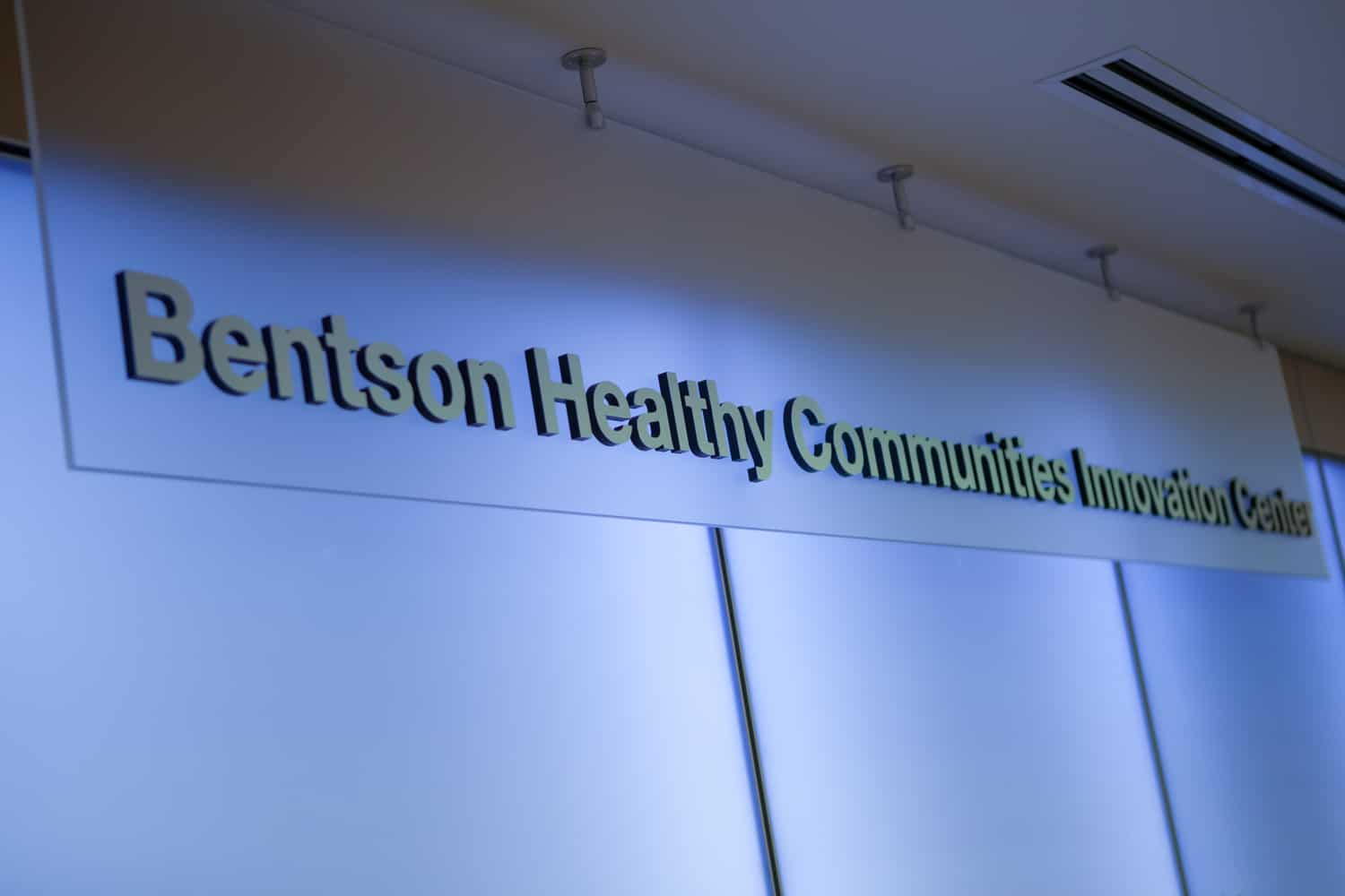 UNIVERSITY OF MINNESOTA SCHOOL OF NURSING BENTSON HEALTHY COMMUNITIES INNOVATION CENTER