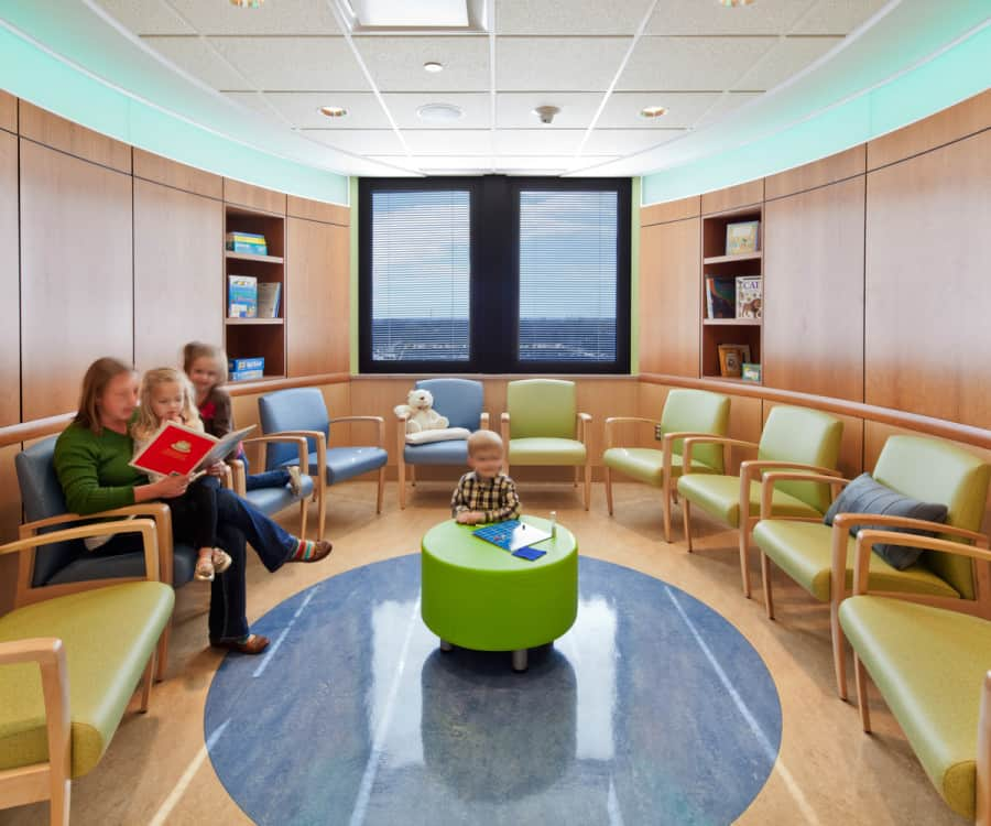 UNIVERSITY OF MINNESOTA MASONIC CHILDREN'S HOSPITAL CHILD/ADOLESCENT MENTAL HEALTH PROGRAM