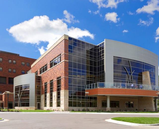 AVERA SACRED HEART HOSPITAL NORTHERN LIGHTS EXPANSION