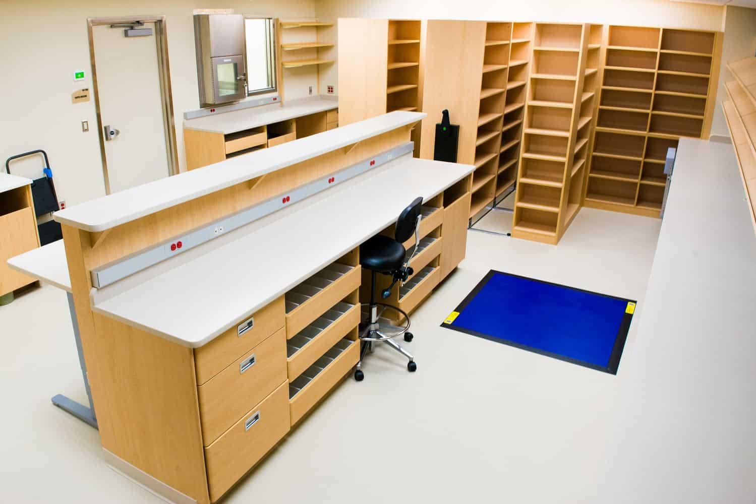 Gillette Children's Specialty Healthcare 1st Floor USP 800 Pharmacy